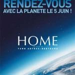 """Affiche du film documentaire """"Home"""" de Yann Arthus Bertrand"""